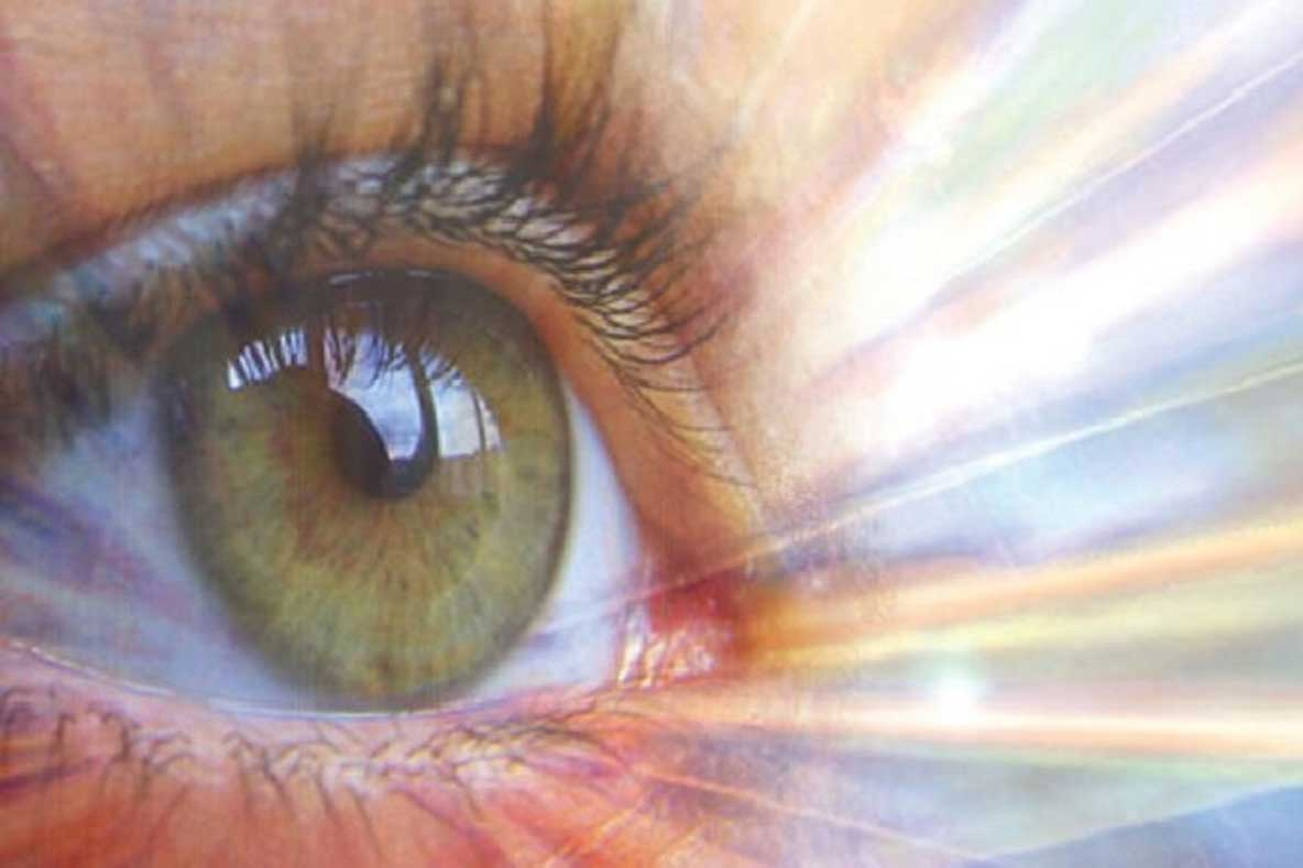 About The Author: My True Story of Spontaneous Chakra Healing